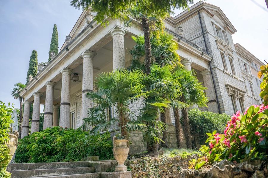 property-property-villa-cortine-palace-945044_1920