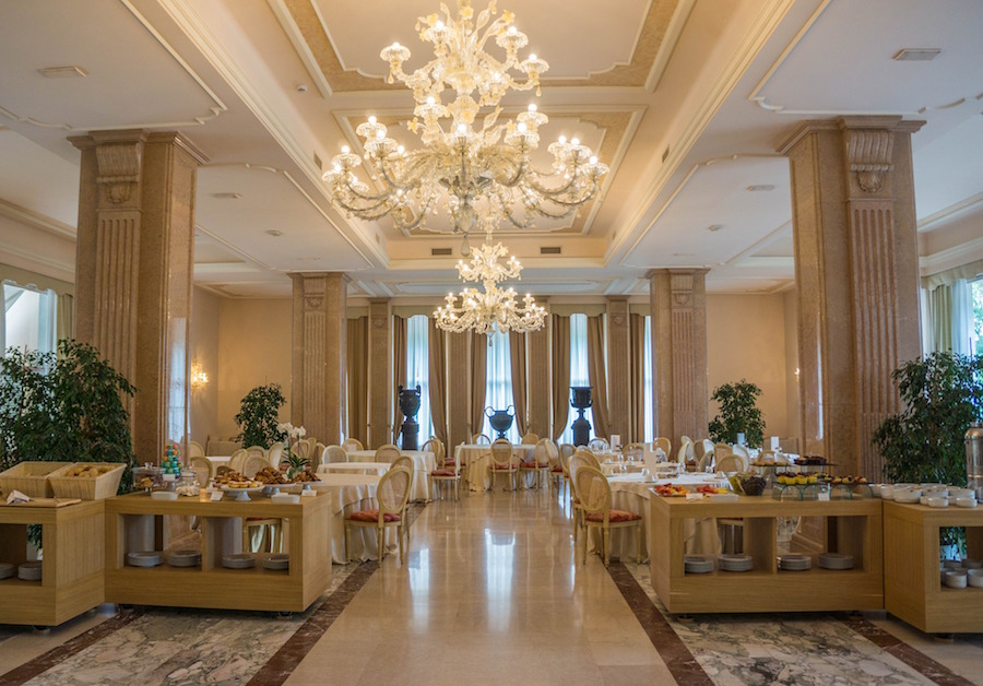 property-villa-cortine-palace-947035_1920