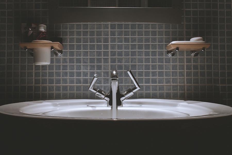 tilling-bathroom-690774_1280
